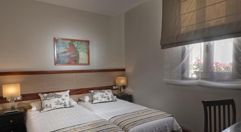hoteles con encanto en la laguna  30