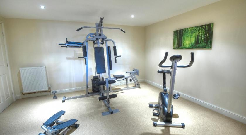 Fitness center Sunset House Bed and Breakfast