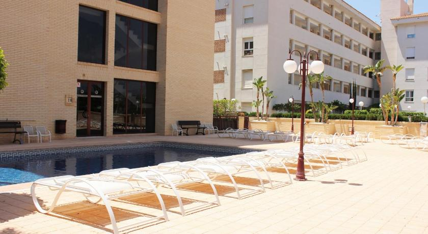 Swimming pool Apartamentos Albir Confort - Avenida