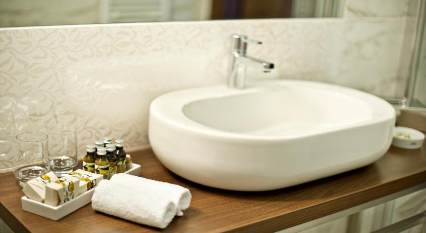 Standard Double or Twin Room - Bathroom Hotel Rado