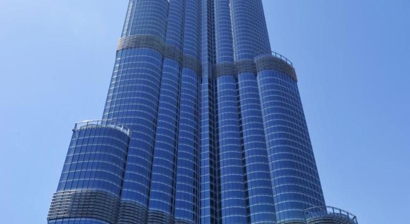 Armani hotel dubai burj khalifa dubai for Burj khalifa hotel rooms