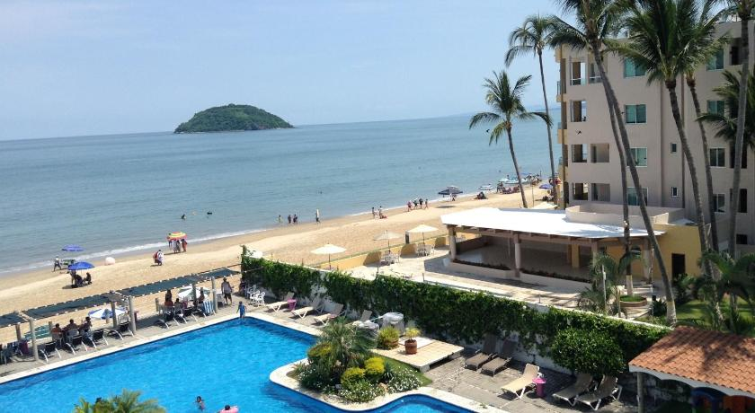 Beach Torreblanca Suites