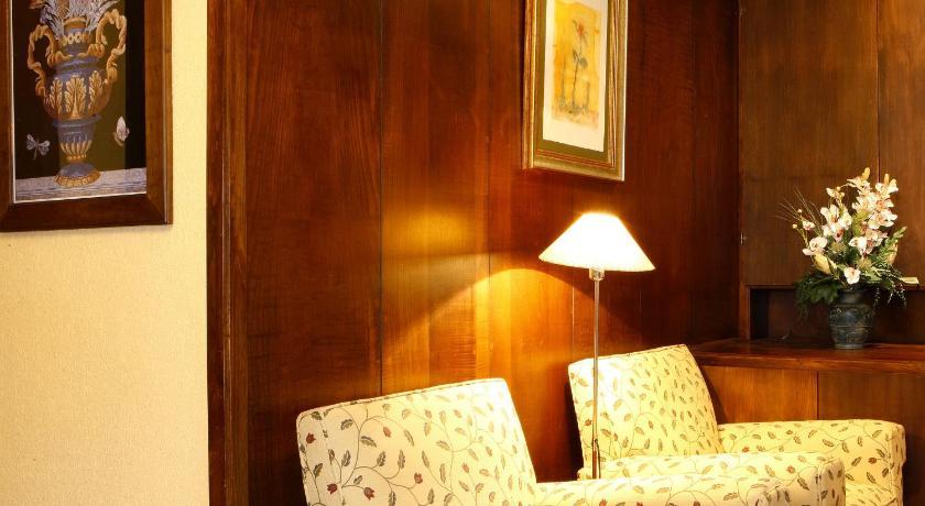 Hotel Marqués De La Moral-11364021