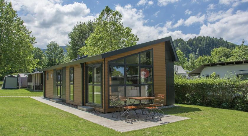 mobilheim kirchzarten in germany room deals photos. Black Bedroom Furniture Sets. Home Design Ideas