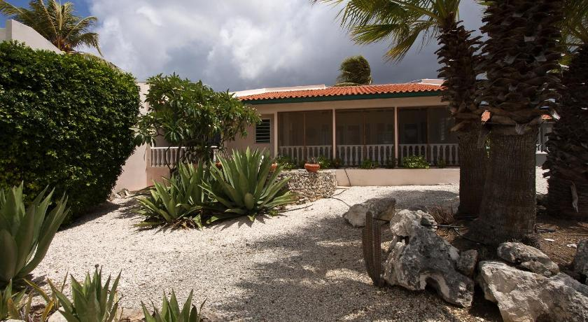 Two-Bedroom House Casa Terras