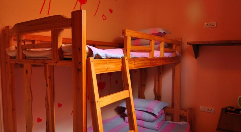 Bunk Bed in Two-Bed Dormitory Room   Star Inn