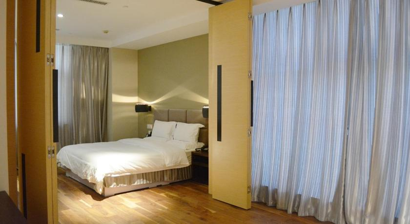 Mainland Chinese Citizen - Business Double Room MeiHua Hotel HaiDong Road Store