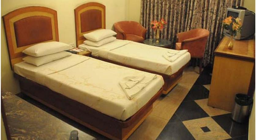 Double or Twin Room Mallika Residency