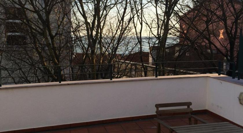 Apartment with Terrace - View Belong Staying and Feeling - Casa da Sé