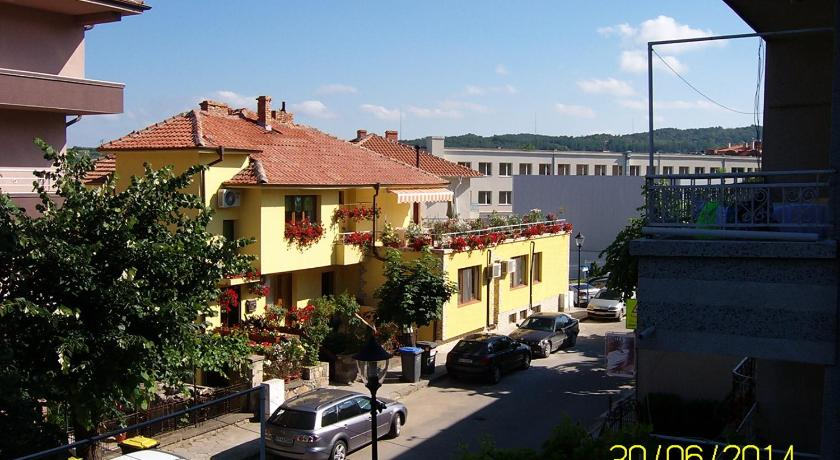 More about Guest House Hristina