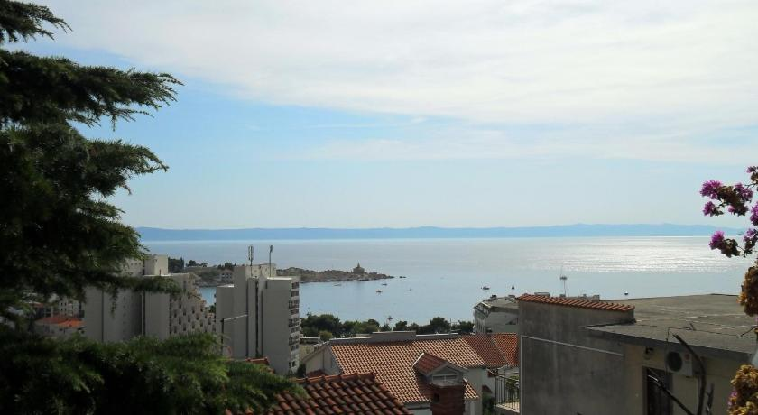 Two-Bedroom Apartment with Sea View - Recreational facilities Apartments Dobrinic