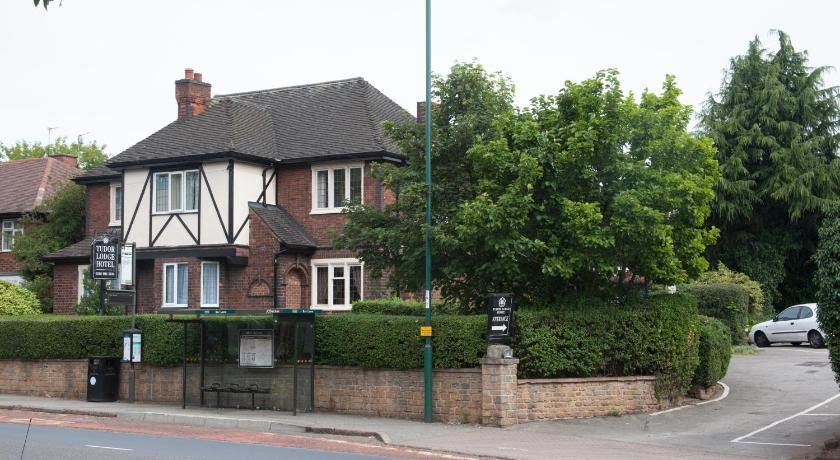Tudor Lodge Hotel 400 Nuthall Road Nottingham