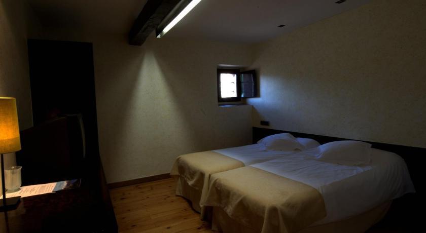 Hotel El Convento de Mave 26