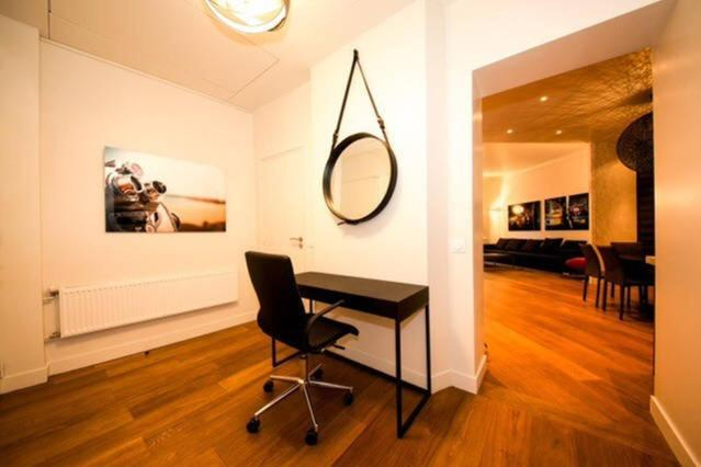 Alle 24 ansehen Luxury Flat In Georges 5 Avenue