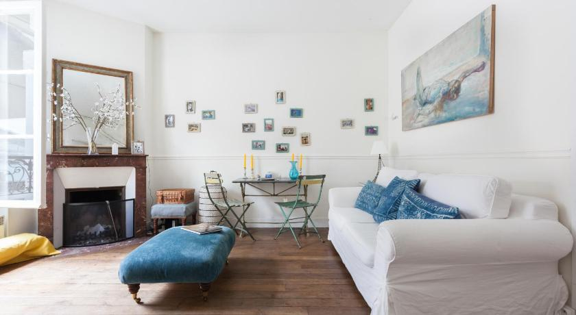 Mere om onefinestay - Canal Saint-Martin - République private homes