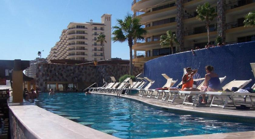 Pool Two-Bedroom Apartment at Puerto Penasco SKY 303