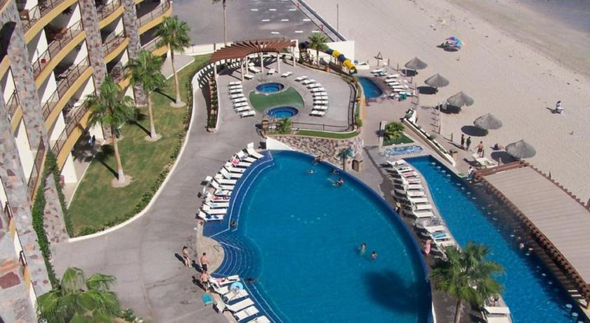 חוף ים Three-Bedroom Apartment at Puerto Penasco SKY 409-F