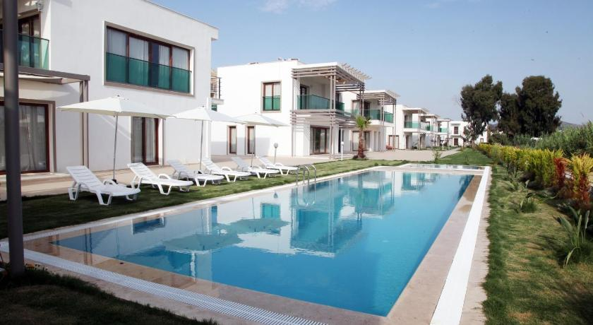 Suite with Sea View - Swimming pool Aegean Pearl Suites