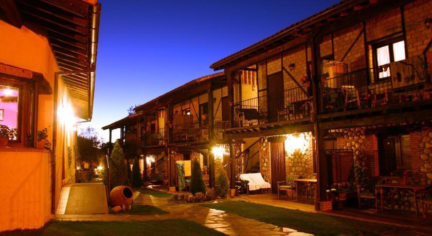 Apartamentos Rurales El Canchal de la Gallina Paraje El Lomo s/n Hervás