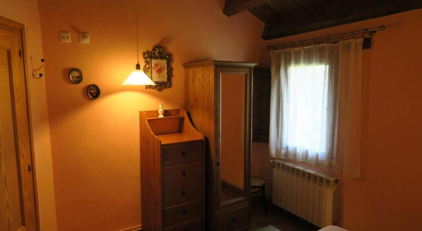 Two-Bedroom Apartment - Guestroom Can Salgueda