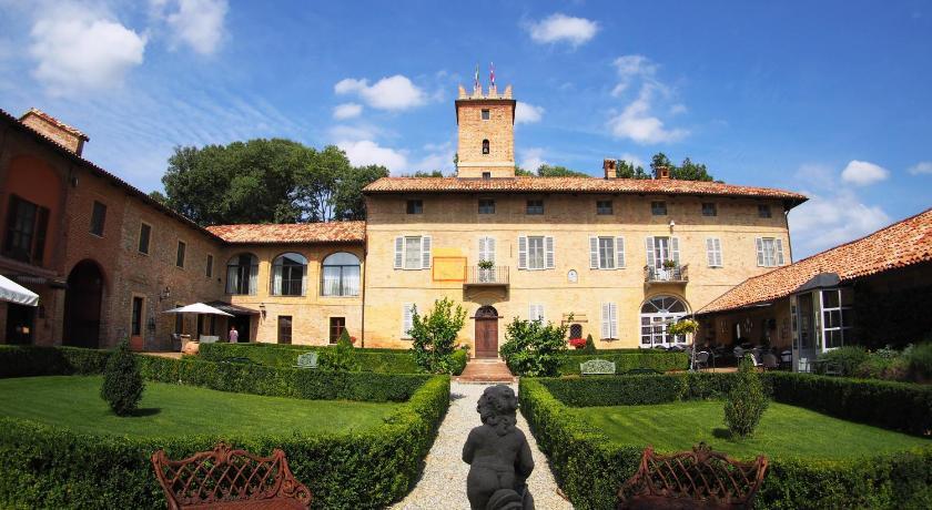 Relais du Silence Castello Di Razzano Frazione Casarello 2 Alfiano Natta