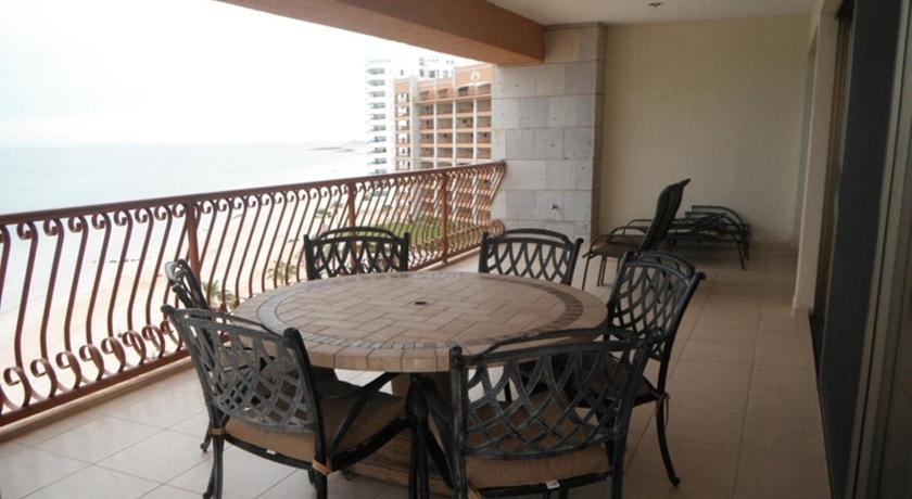 Three-Bedroom Apartment at Puerto Penasco SE 701