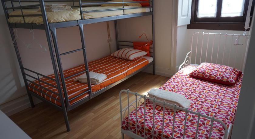 Bunk Bed in Mixed Dormitory Room Hostel Casa do Arco