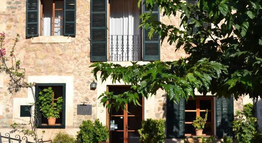 Hotel Nord Plaza Triquet, 4 Estellencs