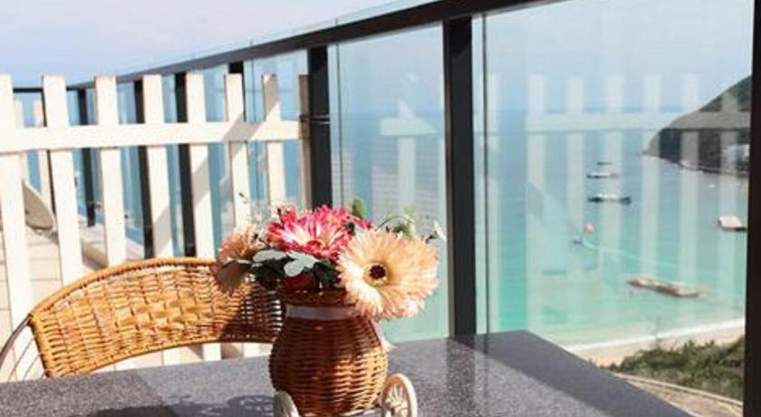 Double Room with Sea View Sanya Rainbow Sea View Holiday House