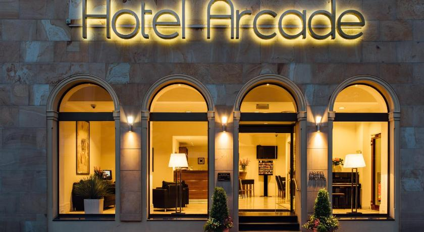Best Price on Arcade Hotel in Wuppertal Reviews