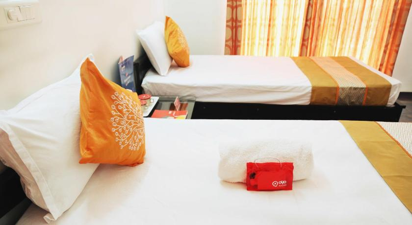 Deluxe Double or Twin Room OYO Apartments Blue Ridge Society Hinjewadi