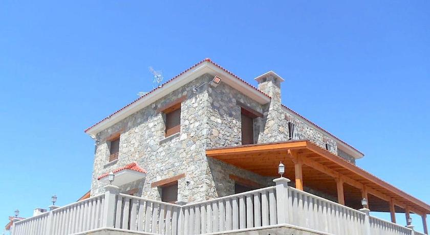 Maria Mountain Villa