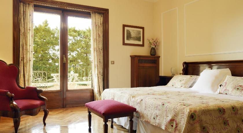 boutique hotels in girona  271