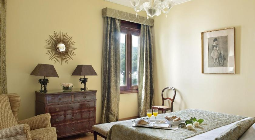 boutique hotels in girona  273