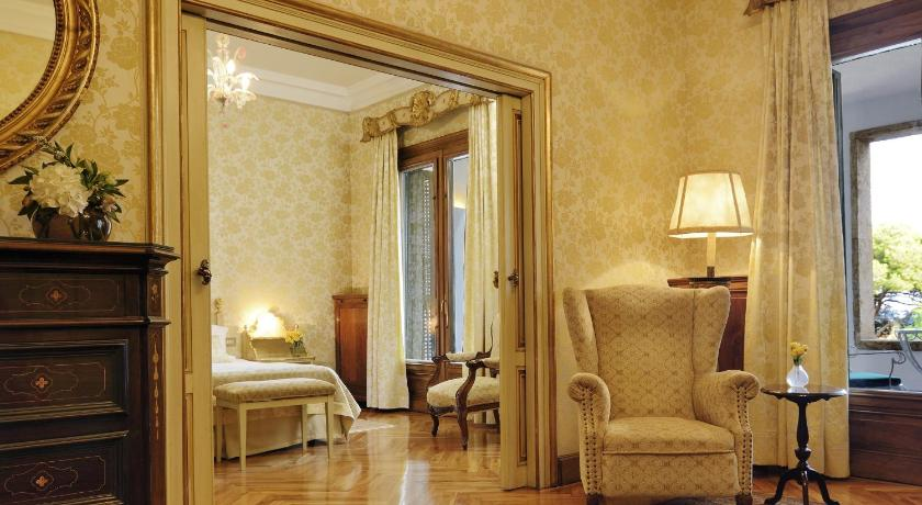 boutique hotels in girona  278