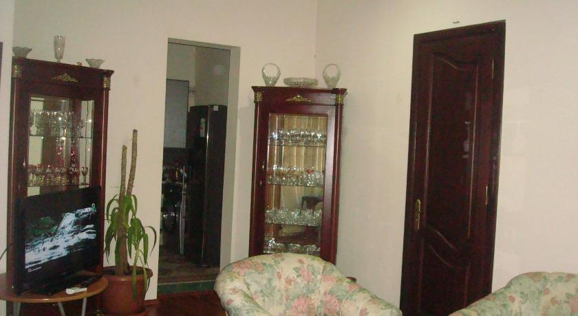 Two-Bedroom Apartment Lara Batumi