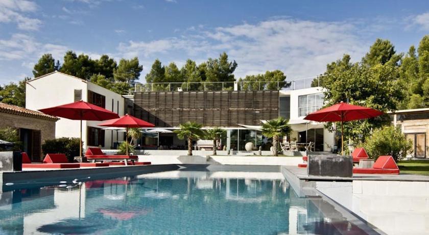 Design luxe villa house balinaise aix en provence