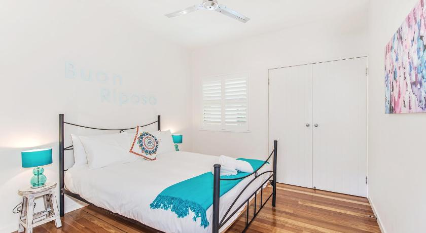 See all 25 photos 177 Gympie Terrace Noosaville