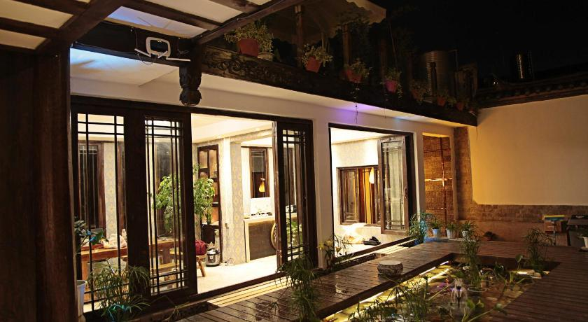 Lijiang Xiangxue Mushe Boutique Inn