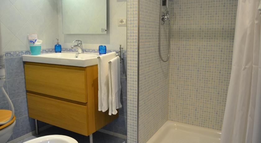 Double or Twin Room with Private Bathroom - Bathroom B&b Casa Gaddo