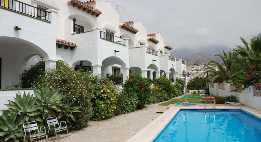 Swimming Pool Califa Apartment