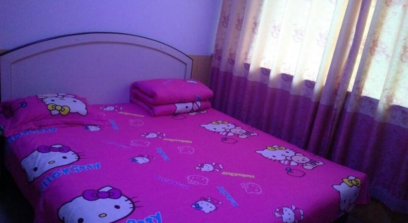 Superior Double Room with Private Bathroom Xinhe Homestay