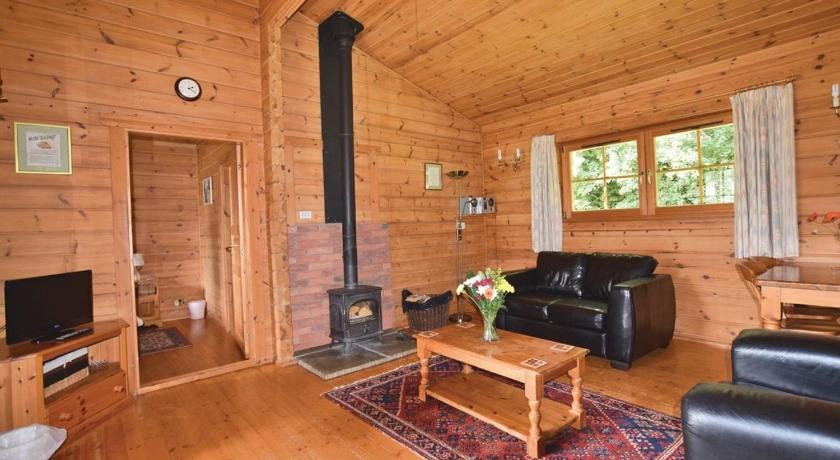 Woodside Lodges Country Park