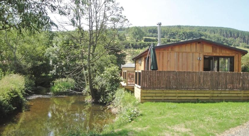 Clun Valley Lodges