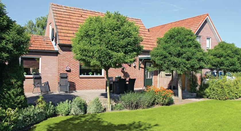 Holiday home Meijelsedijk J-880