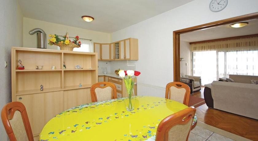Apartment Veliko Brdo V