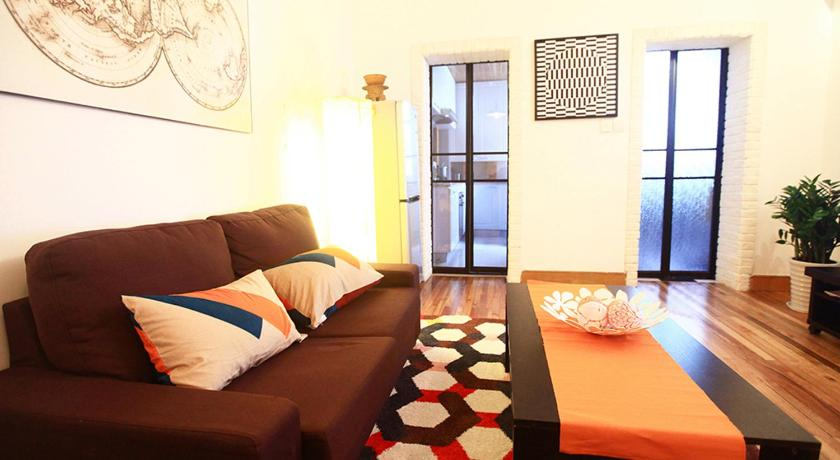 See all 36 photos Houchuang Apartment Sweethome Er'Fang