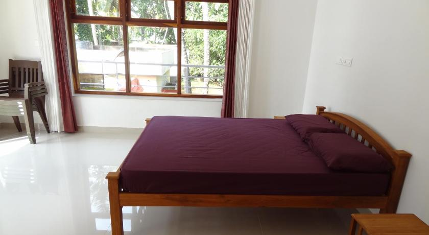 Deluxe Double Room Paravur Lake House