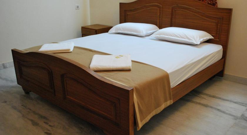 Budget Double Room - Guestroom ARS Nest Serviced Apartments