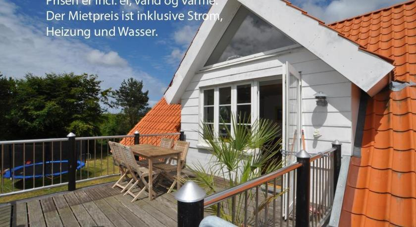 Holiday home Kirkebyvej A Henne Strand
